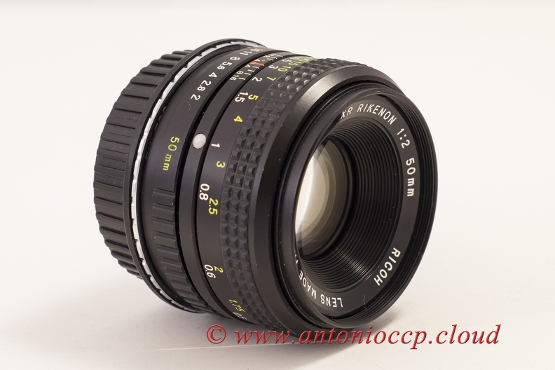 xr-rikenon-50mm-f2 26649632566 o