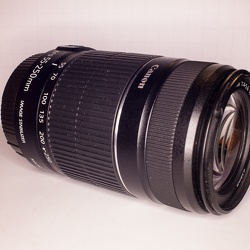 Canon zoom 55-250mm f 5.6